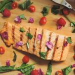 recette saumon a la rose - bbq floral été - saison estivale- sirop de rose - vinaigre de rose